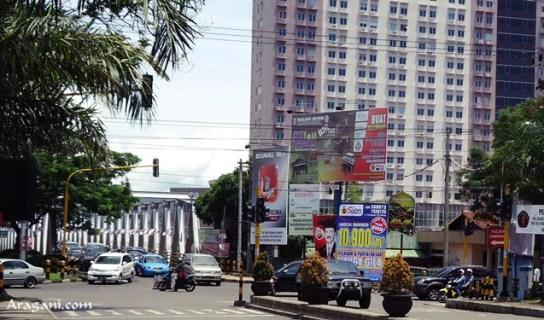 Persimpangan jalan Soekarno-Hatta (arah UB) yang tiap hari selalu ada pemeriksaan, terutama di pagi dan sore hari.